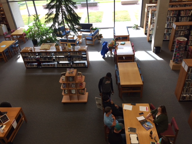 Students+take+advantage+of+the+comfortable+space+in+Allen%27s+Library.