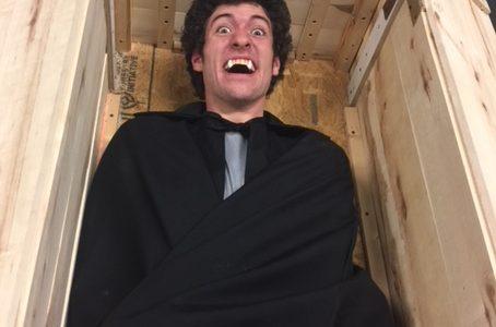 Allen Theatre Presents Dracula