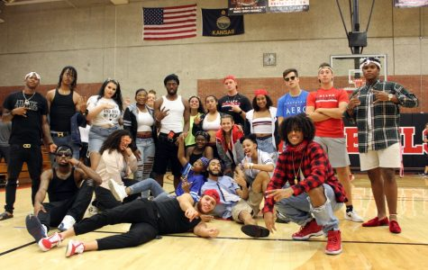 Photo Gallery: It's Hip-Hop Night At Our House