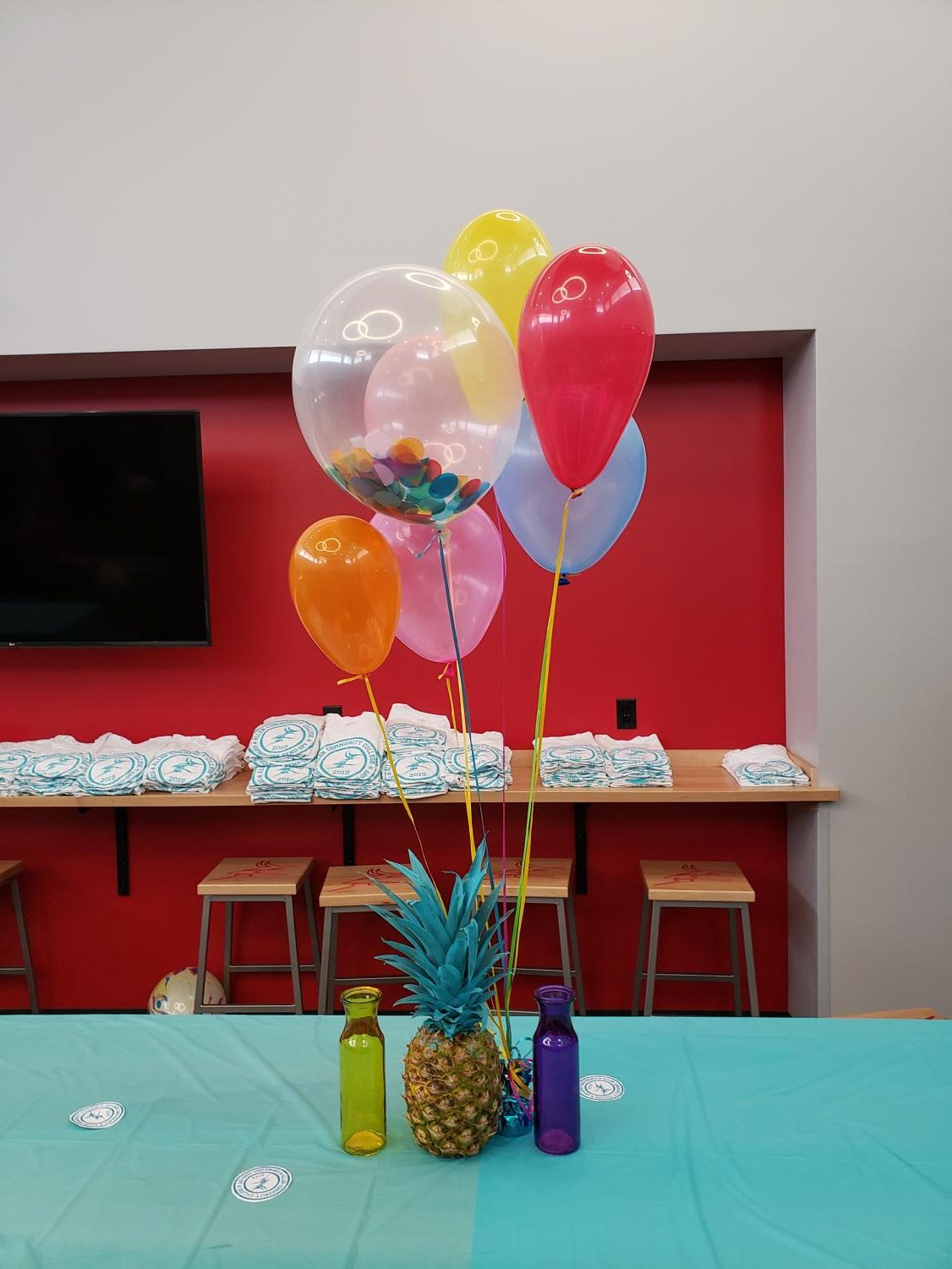 The+Student+Center+was+decorated+in+a+variety+of+vibrant+summer+colors+for+the+event%2C+hosted+by+Student+Senate.